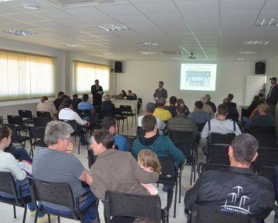 Cersul promove leilão de veículo e móveis de ...